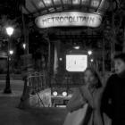 Metropolitain Montmarte - Parijs bij nacht