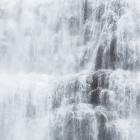 Detail van de Fjallfoss waterval