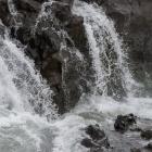 Hraunfossar waterval detail
