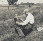 Een jonge Nan Platvoet sr. - omgeving Ilperdam circa 1925