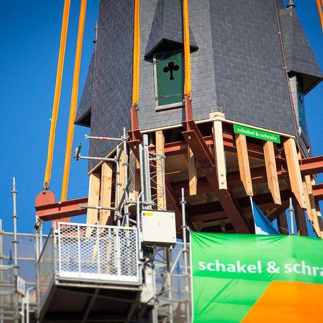 De Laurentiuskerk heeft weer een torenspits